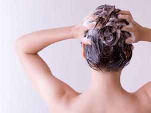 Les soins naturels pour les cheveux